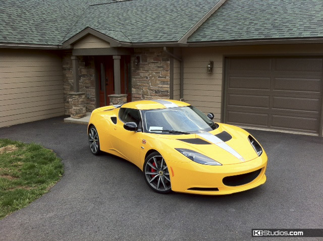 Yellow Lotus Evora Stripes