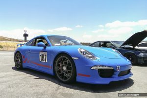Porsche 991 Side Checkered Stripes - Red and Blue